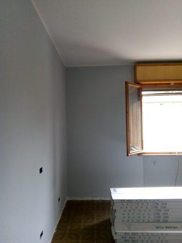 Tinteggiatura muri interni con colore a campione